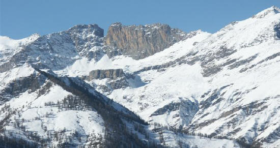 La conca di Camoscere e Rocca Gialeio